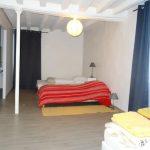 Maison d'Hôtes - Chambre 1 avec 4 lits simples + matelas d'appoint, pour 4 à 6 personnes